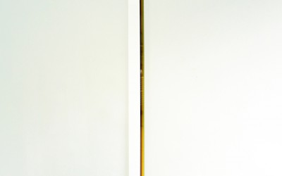 White Coloured Stripes II , 2011, 170 x 9 x 5 cm, vinyl akrylglas
