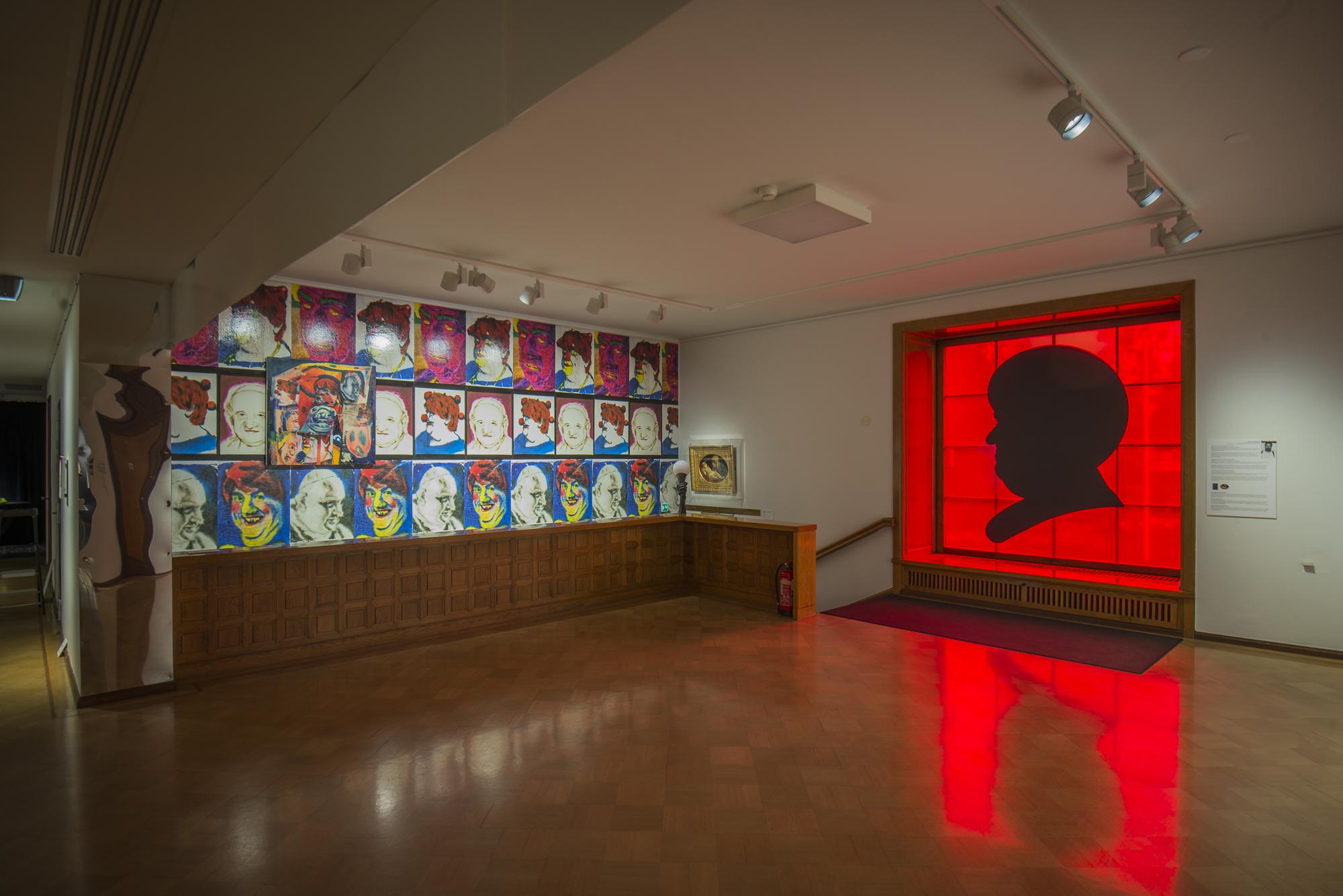 Jukka Korkeila, Pääoma, posters, plexi mirrors, acrylic on canvas and on wall, oil on canvas, Pleasure, Serlachius art museum, Mänttä, Finland, 2017-18, curated by Laura Kuurne