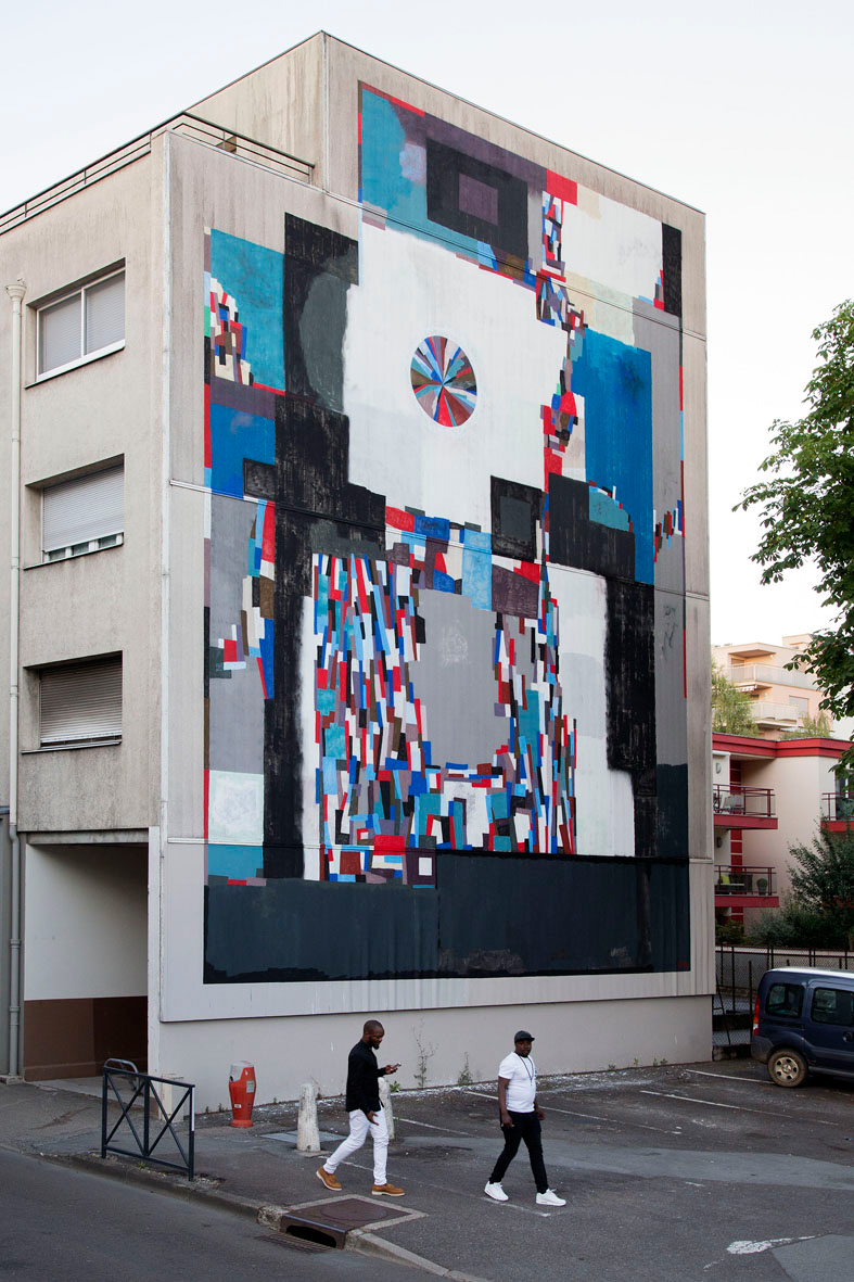 Ekta, untitled mural for Bien Urbain, Besancon, 2017. Photo by Elisa Murcia Artengo.