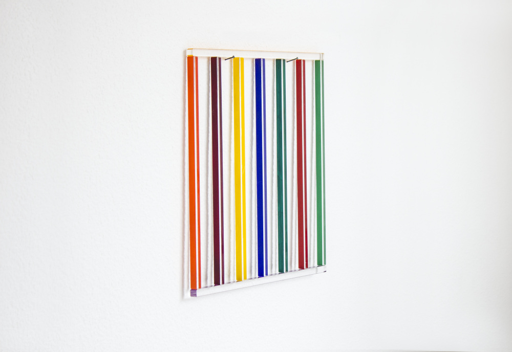 Mikael Fagerlund, Coloured wall painting II side, 2014, vinyl acrylic glass, 31 x 29 x 1 cm